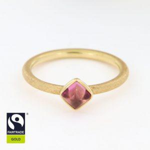 Goldring mit hellem, rosafarbenem Turmalin